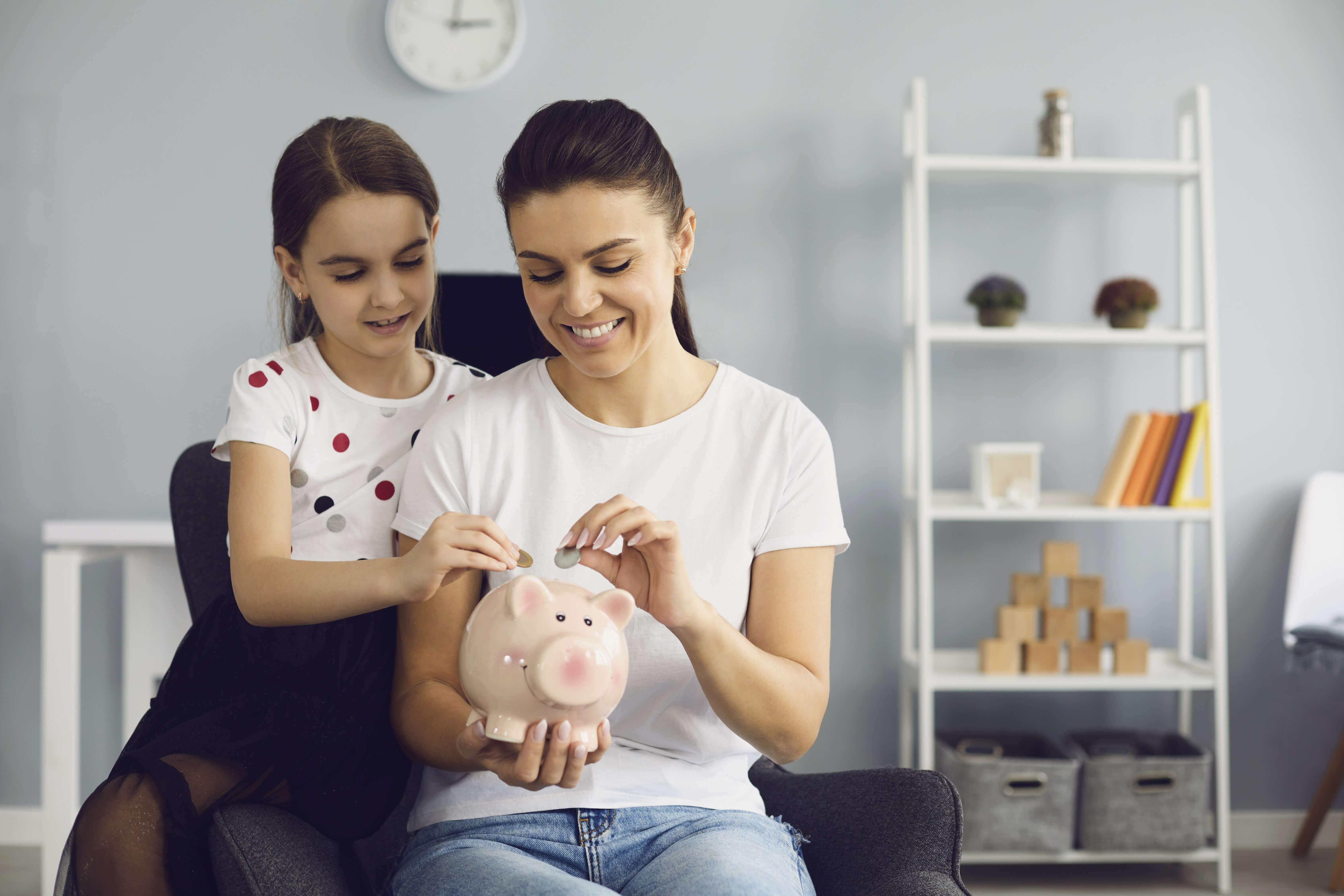bani. economii, copii, educatie financiara